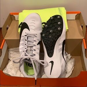 NEW Nike running spike shoes (no spikes included)